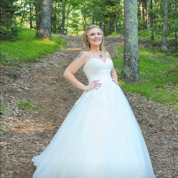 Allure Dresses Romance Wedding Dress Poshmark